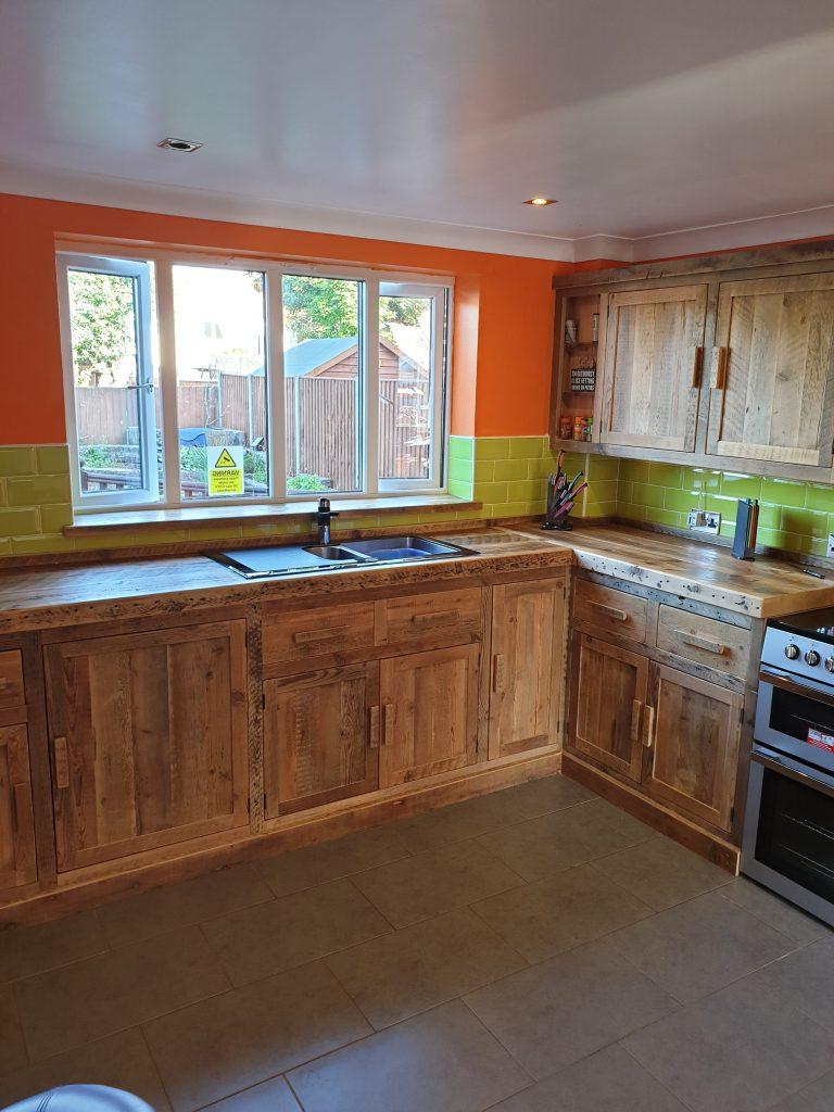 Kitchen Furniture Company: Bespoke Rustic Kitchen: Muskham